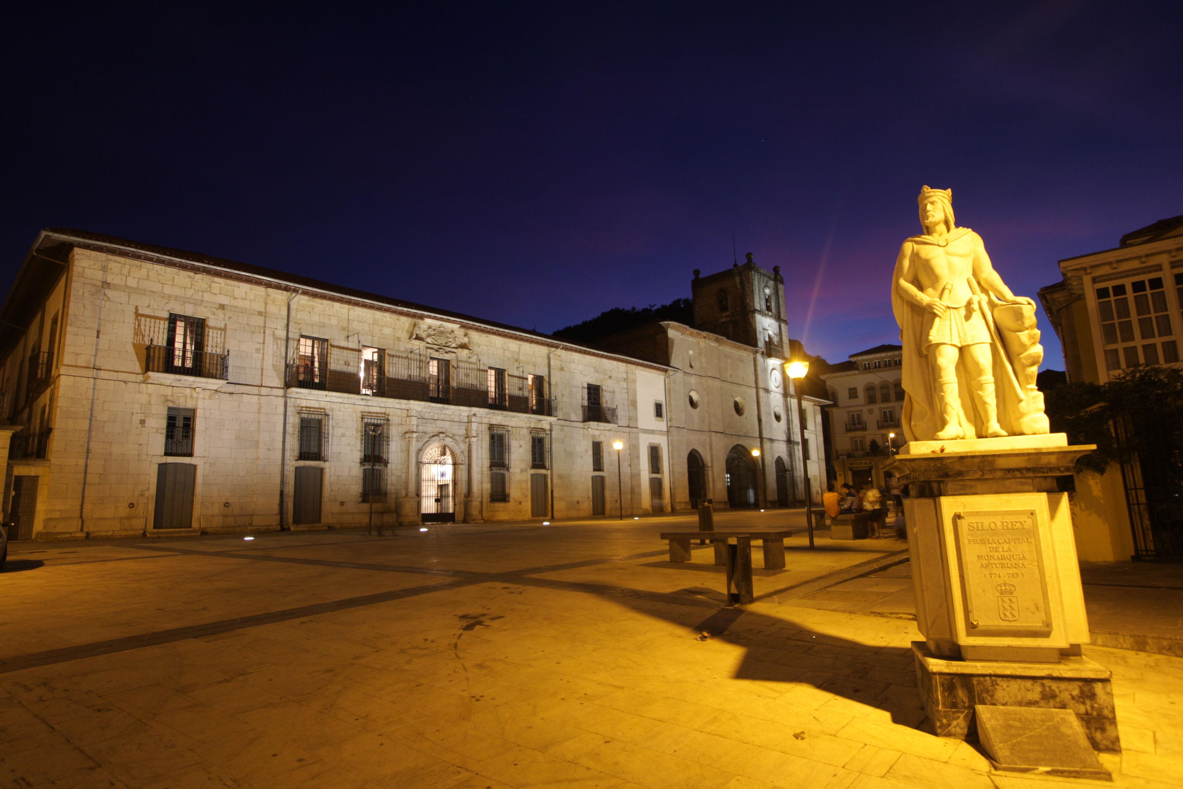 Pravia hotel casona del busto pravia - Hotel pueblo astur ...
